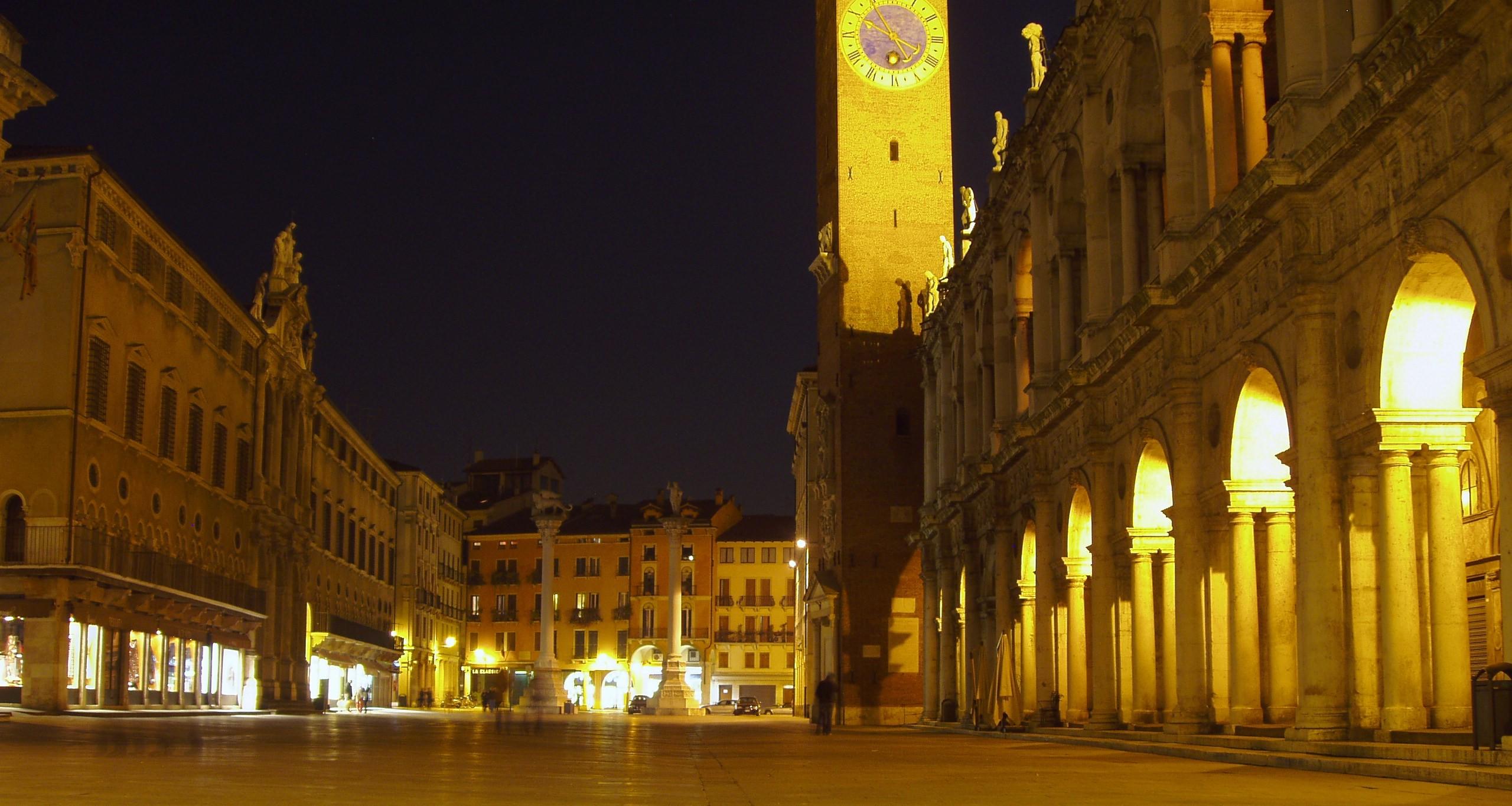 Notturno: Piazza dei Signori, Vicenza