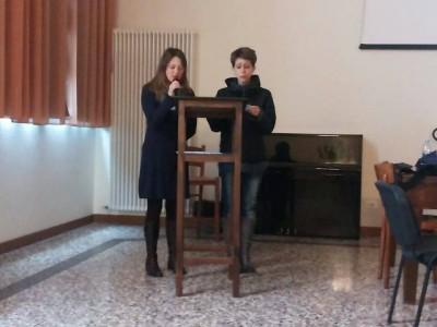Silvia e Chiara alla prese con le prove...
