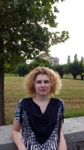 """Io, a Vicenza, città Patrimonio dell'Umanità"""" UNESCO, dal 2010. Sullo sfondo Villa """"La Rotonda"""" di Andrea Palladio,"""