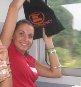 Valeria_Solesin (2006) in viaggio verso Ovieto per Emergency © Luca Ferrari